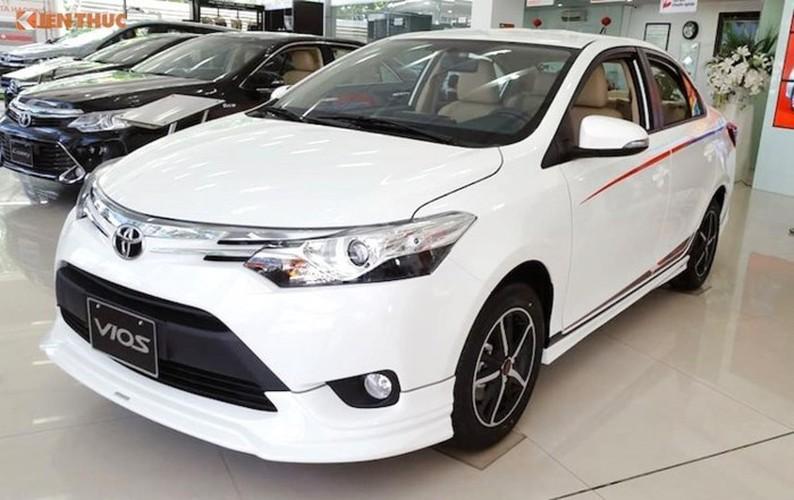 Oto Toyota Innova, Corolla Altis va Vios tiep tuc xuong gia-Hinh-2