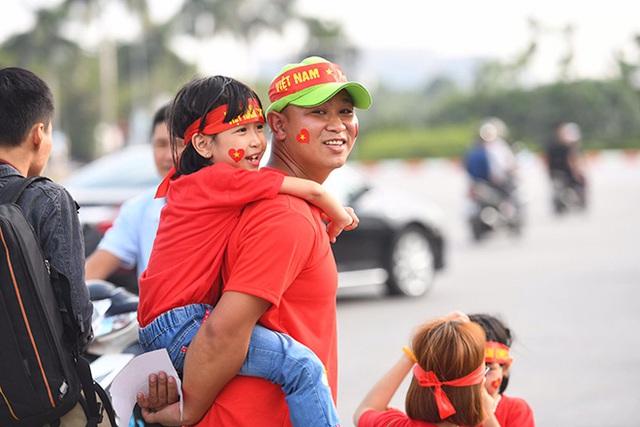 Tập đoàn điện tử Việt treo thưởng 300 triệu đồng cho Tuyển Việt Nam trước thềm bán kết lượt về AFF CUP - Ảnh 4.