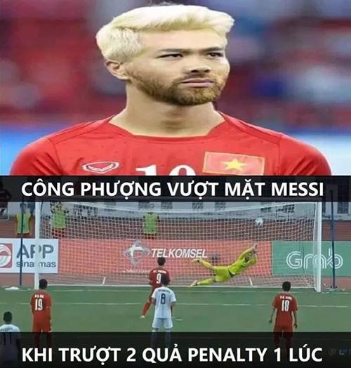 Công Phượng trong mái tóc và bộ râu của Messi.