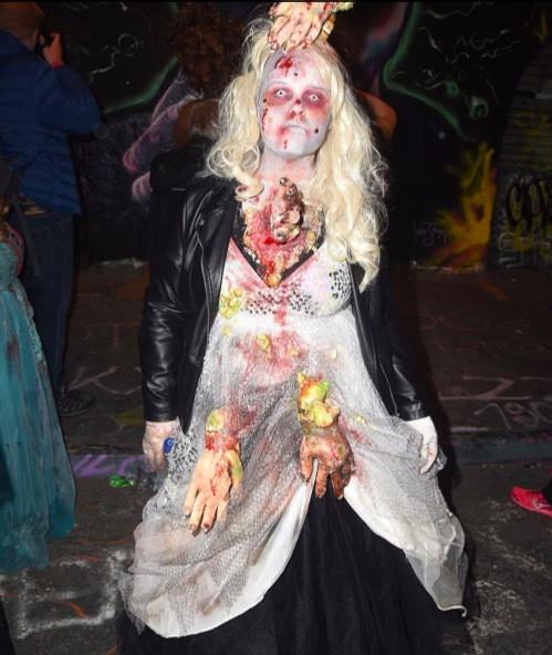Phát hãi với hình ảnh London tràn ngập xác sống - Ảnh 6.