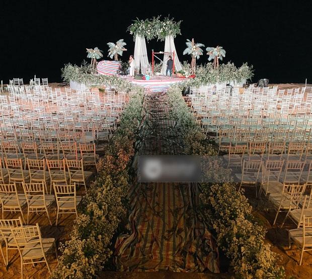 Không gian tiệc cưới cổ tích của Đông Nhi - Ông Cao Thắng - Ảnh 2.