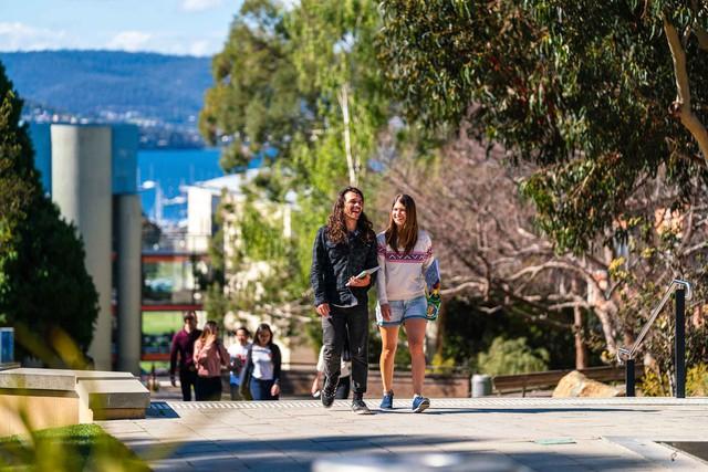 Trao đổi về học bổng 10 - 50% cùng University of Tasmania, Úc - Ảnh 2.