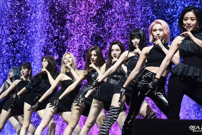 Kết quả màn comeback của TWICE sau 24 giờ: View Youtube thất thế trước BTS, BLACKPINK nhưng điều này mới gây tiếc nuối - Ảnh 9.