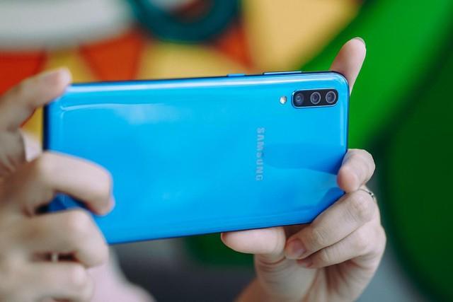 Điện thoại xịn sò nên mang lại trải nghiệm tốt nhất cho người dùng hơn là chỉ chạy đua cấu hình - Ảnh 3.