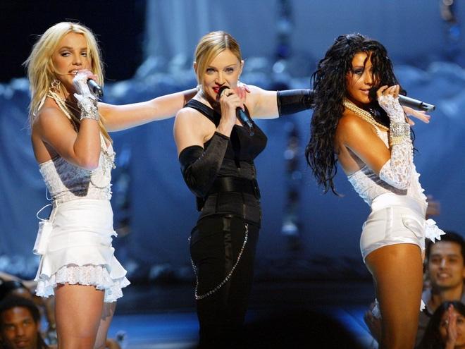 Britney Spears và loạt khủng hoảng trải dài 21 năm trước mốc tin đồn giải nghệ! - Ảnh 4.