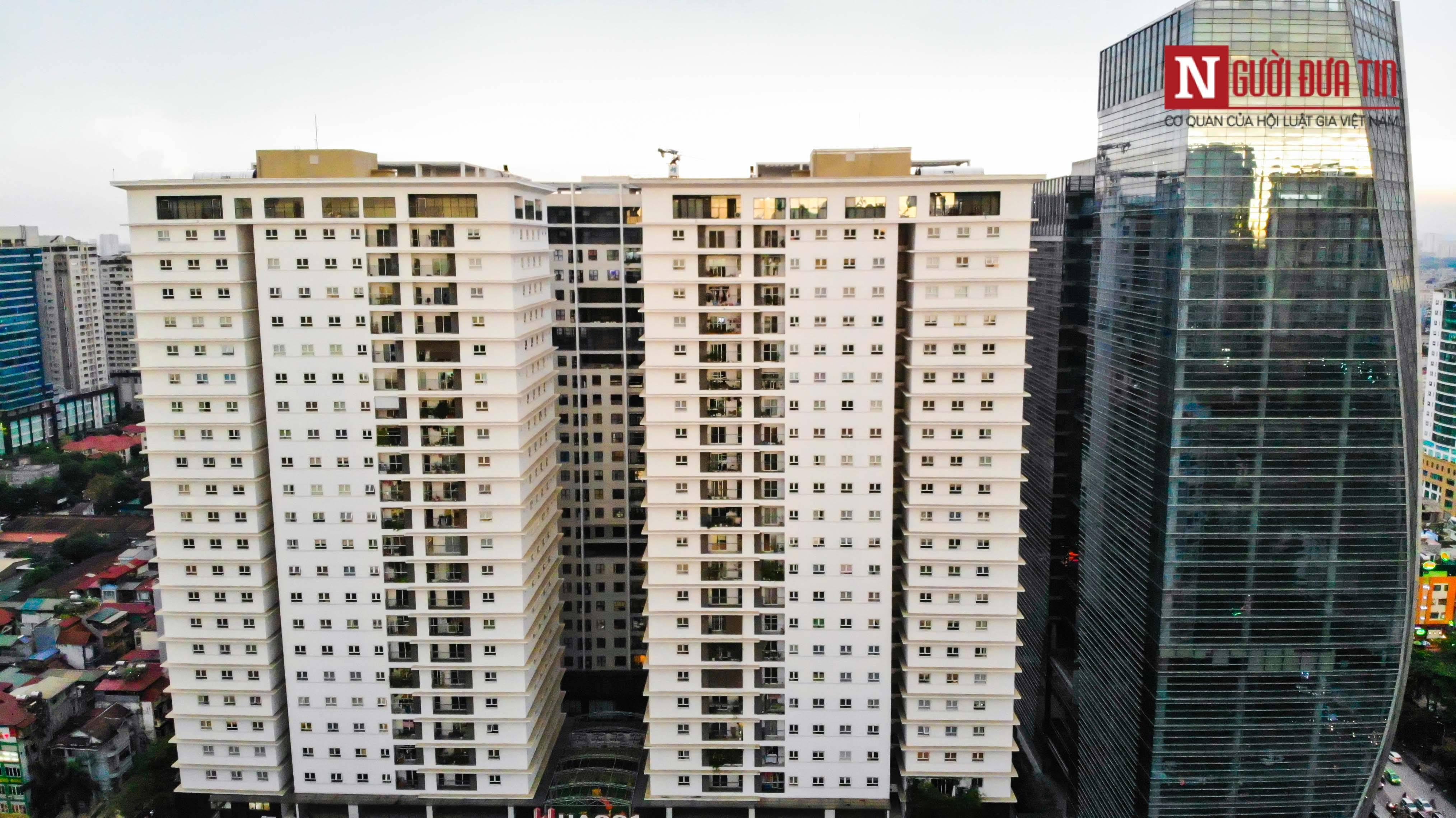 Bất động sản - Cận cảnh tuyến đường dài 2km cõng tới 40 toà nhà cao ốc tại Thủ đô (Hình 10).