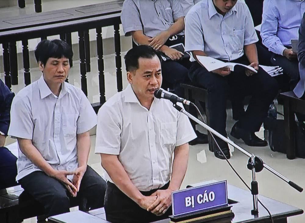 An ninh - Hình sự - An ninh hình sự 24h:Cựu giám đốc BVĐK tỉnh Hòa Bình xin miễn trách nhiệm hình sự;Vũ 'nhôm' nói lời sau cùng (Hình 2).
