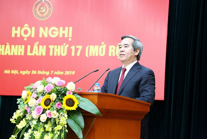 Ông Nguyễn Văn Bình, Ủy viên Bộ Chính trị, Bí thư Trung ương Đảng, Trưởng Ban Kinh tế Trung ương chủ trì Hội nghị BCH mở rộng lần thứ 17 của Đảng Bộ Khối doanh nghiệp Trung ương.