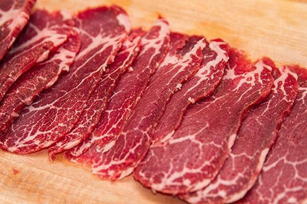 Thịt bò là loại thực phẩm có giá trị dinh dưỡng cao.