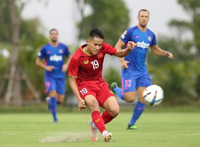 Martin Lo ghi bàn, U22 Việt Nam thắng đội bóng đến từ Hong Kong - ảnh 1