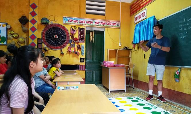 Nữ tỷ phú Việt và cuộc trò chuyện cùng đoàn học sinh trường hoàng gia thế giới - ảnh 3