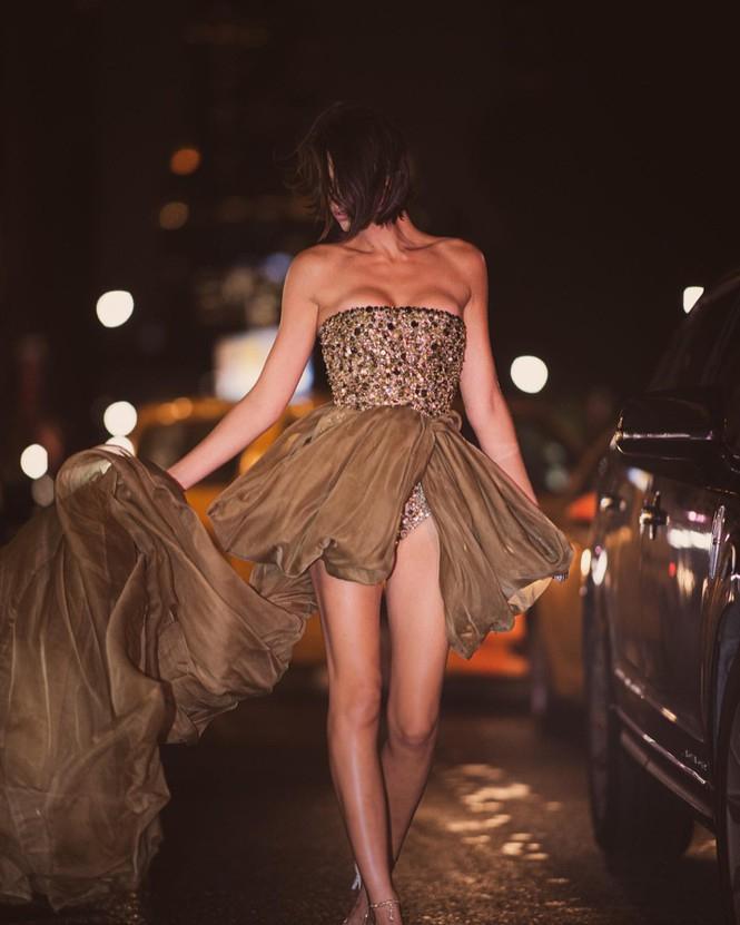 'Chân dài' Georgia Fowler eo thon ngực đầy nóng bỏng - ảnh 11