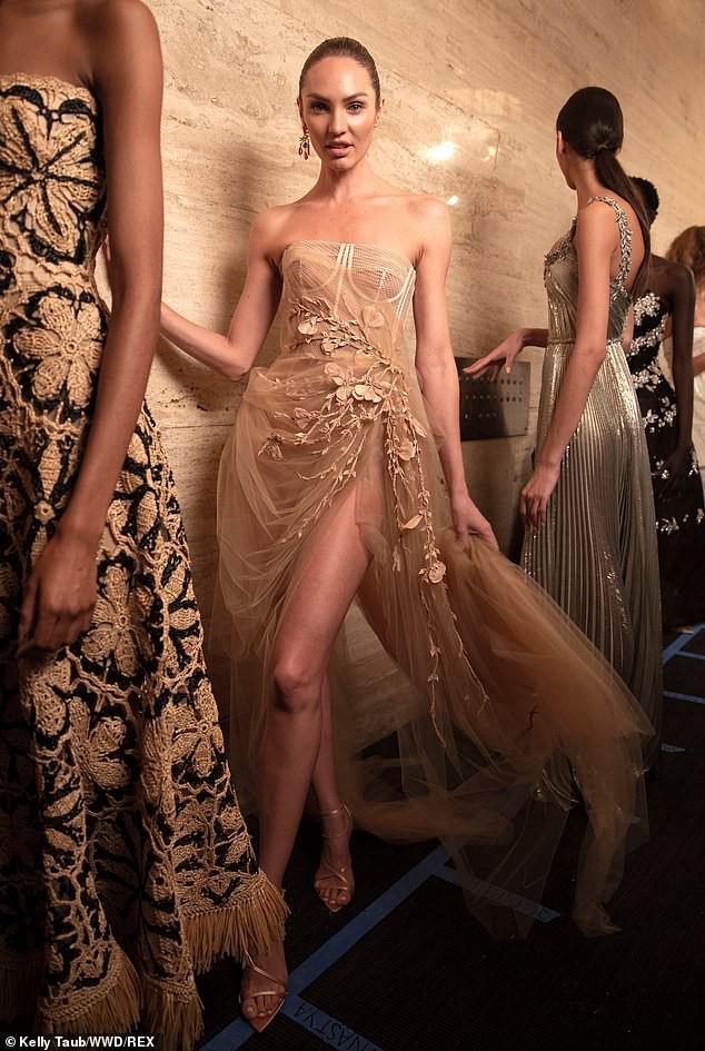 Irina Shayk và Candice Swanepoel đẹp động lòng người gây 'bão' sàn catwalk  - ảnh 5
