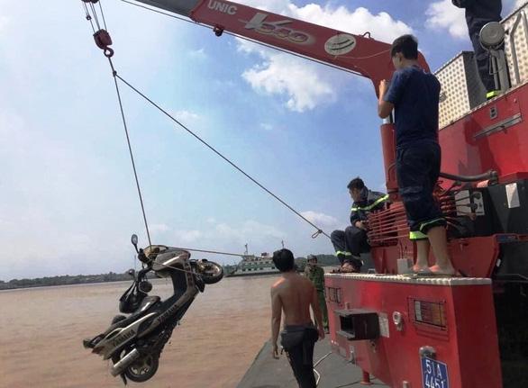 An ninh - Hình sự - Vụ phát hiện thi thể nhà báo nổi trên sông Sài Gòn: Nạn nhân tử vong do ngạt nước, không phát hiện ngoại lực tác động