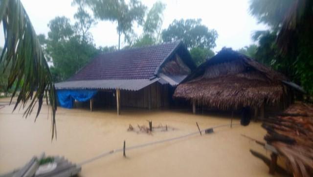 Hội đồng hương Hà Tĩnh tại Hà Nội phối hợp Báo Gia đình và Xã hội kêu gọi chung tay giúp đỡ đồng bào bị bão lụt - Ảnh 1.